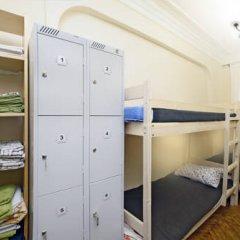 Отель Меблированные комнаты Баинай на Охотном Ряду Кровать в женском общем номере