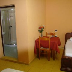 Hotel Kristal 3* Стандартный номер с различными типами кроватей фото 4