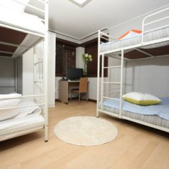 Somi Guest House - Hostel Кровать в общем номере с двухъярусной кроватью фото 5