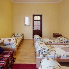 Grand Hostel Lviv Кровать в общем номере двухъярусные кровати