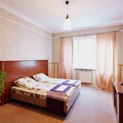 Grand Hostel Lviv Номер Эконом 2 отдельными кровати (общая ванная комната)