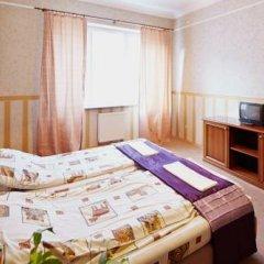 Grand Hostel Lviv Номер Эконом 2 отдельными кровати (общая ванная комната) фото 6