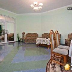 Гостиница Guest house Bristol Люкс с разными типами кроватей фото 10