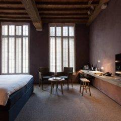 Отель B&B La Suite 3* Люкс с различными типами кроватей
