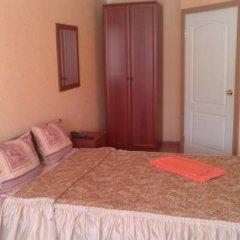 Гостиница Уральская Номер с общей ванной комнатой с различными типами кроватей (общая ванная комната)