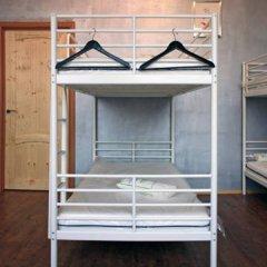 Typography Hostel Кровать в общем номере с двухъярусными кроватями фото 3
