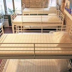 Typography Hostel Кровать в общем номере с двухъярусными кроватями фото 8