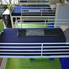 Typography Hostel Кровать в общем номере с двухъярусными кроватями фото 12