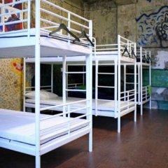 Typography Hostel Кровать в общем номере с двухъярусными кроватями фото 7