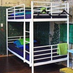 Typography Hostel Кровать в общем номере с двухъярусными кроватями фото 5