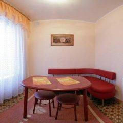Гостиница Шахтер 3* Студия с разными типами кроватей фото 16