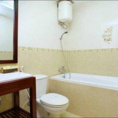 Nhi Trung Hotel 2* Улучшенный номер с различными типами кроватей фото 4