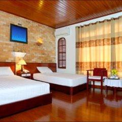 Nhi Trung Hotel 2* Улучшенный номер с 2 отдельными кроватями