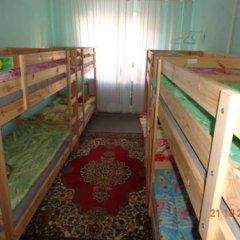Хостел Smiles Кровать в общем номере с двухъярусной кроватью фото 8