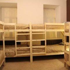 Гостиница Amigo Tzvetnoi Bulvar Кровать в общем номере с двухъярусной кроватью фото 10