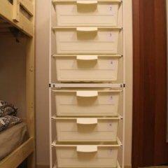 Гостиница Amigo Tzvetnoi Bulvar Кровать в общем номере с двухъярусной кроватью фото 23