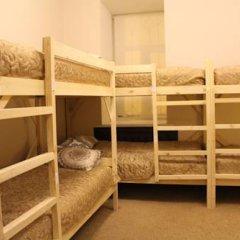 Гостиница Amigo Tzvetnoi Bulvar Кровать в общем номере с двухъярусной кроватью