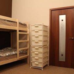 Гостиница Amigo Tzvetnoi Bulvar Кровать в общем номере с двухъярусной кроватью фото 9