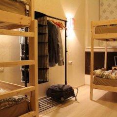 Гостиница Amigo Tzvetnoi Bulvar Кровать в общем номере с двухъярусной кроватью фото 32