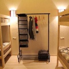 Гостиница Amigo Tzvetnoi Bulvar Кровать в общем номере с двухъярусной кроватью фото 25