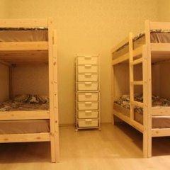 Гостиница Amigo Tzvetnoi Bulvar Кровать в общем номере с двухъярусной кроватью фото 29