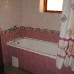 Гостевой дом Вера Номер с общей ванной комнатой с различными типами кроватей (общая ванная комната) фото 10