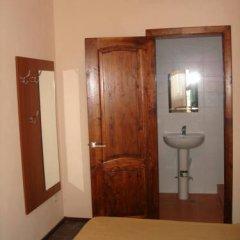Гостевой дом Вера Стандартный номер с двуспальной кроватью фото 12