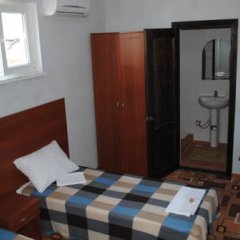 Гостевой дом Вера Стандартный номер с двуспальной кроватью фото 17