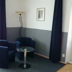 Отель Rainbow-Inn Prague Улучшенный номер с различными типами кроватей фото 4