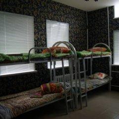 Hostel Druzhba Кровать в общем номере двухъярусные кровати