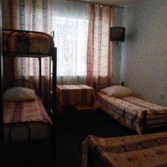 Hostel Druziya Стандартный семейный номер разные типы кроватей фото 5