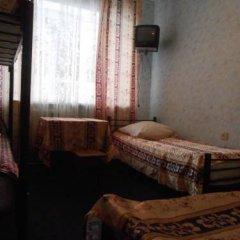 Hostel Druziya Стандартный семейный номер разные типы кроватей фото 6
