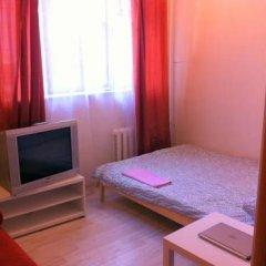 Мини-Отель Друзья Стандартный номер с двуспальной кроватью