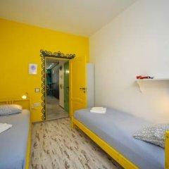 Хостел Акварель Кровати в общем номере с двухъярусными кроватями фото 3