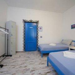 Хостел Акварель Кровати в общем номере с двухъярусными кроватями