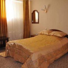 АРТ Отель Стандартный семейный номер разные типы кроватей