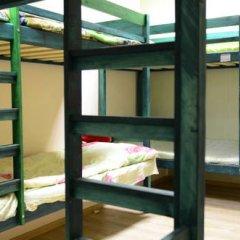 Хостел Правильный Выбор Кровати в общем номере с двухъярусными кроватями фото 9