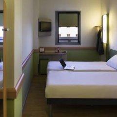 Отель Ibis Budget Madrid Centro Las Ventas Стандартный номер с 2 отдельными кроватями фото 5