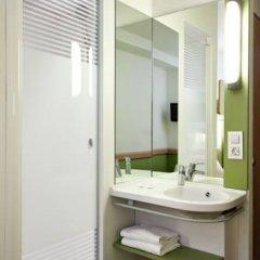Отель Ibis Budget Madrid Centro Las Ventas Стандартный номер с различными типами кроватей фото 5