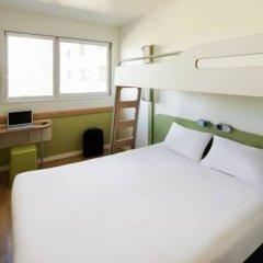 Отель Ibis Budget Madrid Centro Las Ventas Стандартный номер с различными типами кроватей фото 10