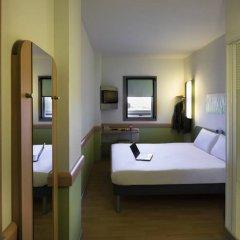 Отель Ibis Budget Madrid Centro Las Ventas Стандартный номер с различными типами кроватей фото 3