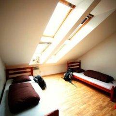 Отель Jimmy Jumps House 2* Кровать в общем номере с двухъярусной кроватью