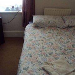 Апартаменты Heritage House Apartments Стандартный номер с двуспальной кроватью (общая ванная комната)