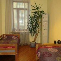 Iris Hostel Кровать в общем номере с двухъярусной кроватью фото 7