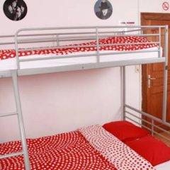 Brussel Hello Hostel Стандартный номер с двуспальной кроватью (общая ванная комната) фото 3