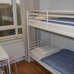 Brussel Hello Hostel Стандартный номер с 2 отдельными кроватями (общая ванная комната) фото 5