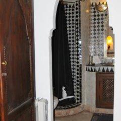 Отель Riad Dar Bennani 2* Стандартный номер с различными типами кроватей фото 11