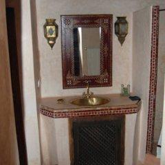 Отель Riad Dar Bennani 2* Стандартный номер с различными типами кроватей фото 18
