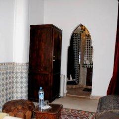 Отель Riad Dar Bennani 2* Стандартный номер с различными типами кроватей фото 25