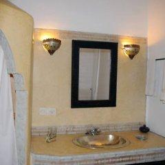 Отель Riad Dar Bennani 2* Стандартный номер с различными типами кроватей фото 5